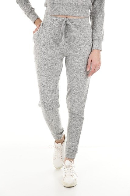 How to Style Gray Sweatpants