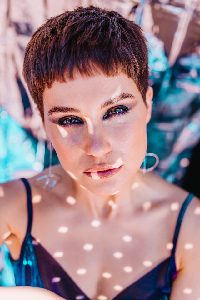 How to Style Pixie Cut